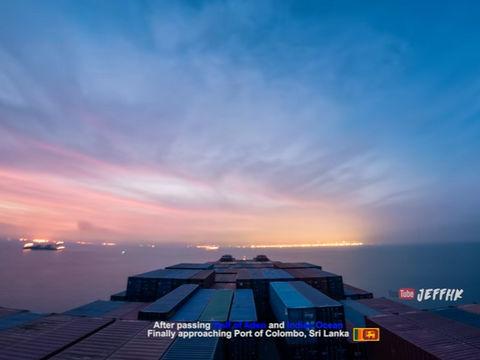 地球の広さと人間の営みを駆け抜ける、コンテナ船の紅海から香港までの30日の旅程を描いたタイムラプス映像に息を呑まされる