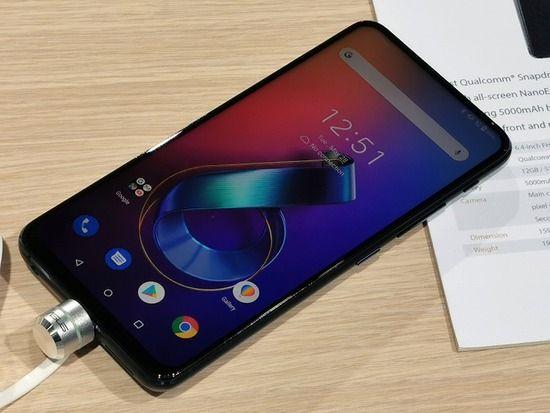 ZenFone 6「5000mAhです、ノッチありません、ヘッドホンジャックあります、台湾製なので安全です」