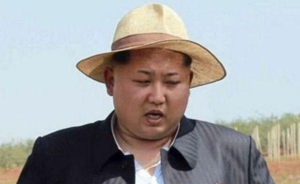 北朝鮮「風が吹かなくて南にビラ撒けないニダ… せやっ!」 →結果wwwwwwwwww