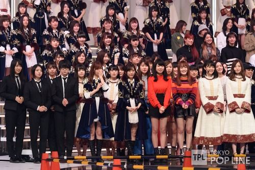 【画像】 乃木坂46 紅白で「一般アイドルの隣」に並んだ結果wwwwwwwwwwwwww
