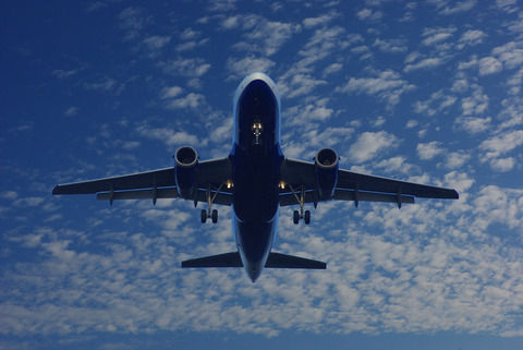 人「飛行機は世界一安全な乗り物!」ワイ「またまた~」
