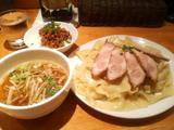 チャーシューつけそば大盛(平打麺)・肉みそ飯