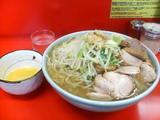 大豚ダブル麺増し+生玉子