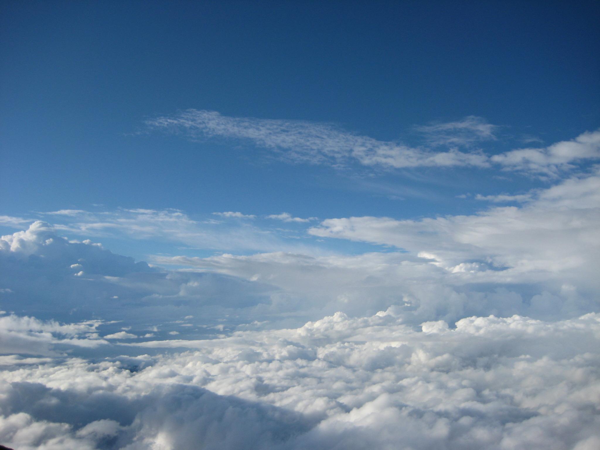 雲上の世界で くりくり くくる