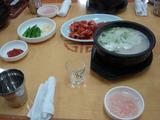 スンデクッ(スンデのスープ)を食べる