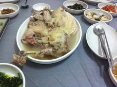 薬水で作った鶏の水炊き