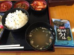 味噌汁、ごはん、韓国のり