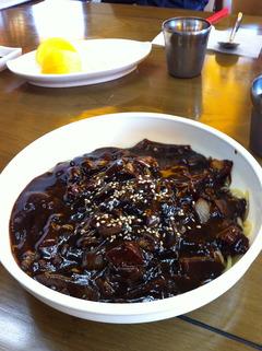 昔チャジャン(3000ウォン)