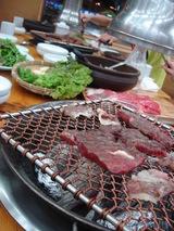 [ファロクイ]お肉は1階で買います