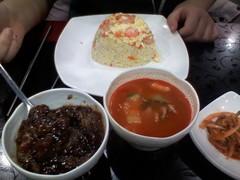 [韓国]中華料理屋さんの炒め飯(ポックムパプ)