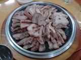 スユク(茹で豚)