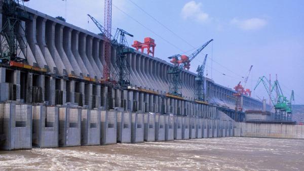 中国「三峡ダム」が直面している巨大な危機