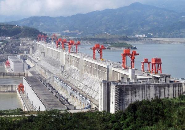 中国・超巨大な三峡ダム