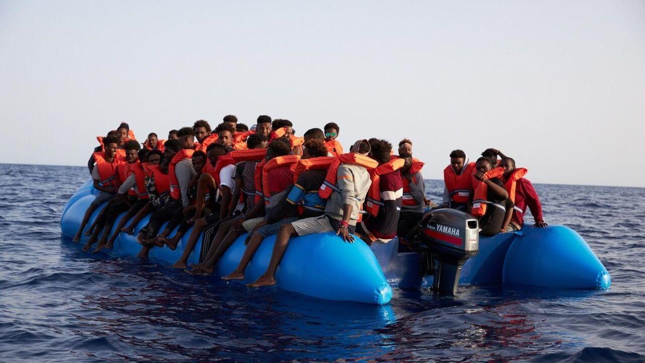 地中海で過去2万人の難民が溺死 : ウィーン発 『コンフィデンシャル』