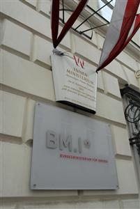 BMI_Gebaeude_1024_201x300