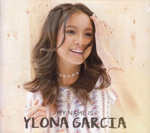 Ylona Garcia14