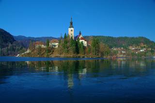 ブレッド湖の聖マリア教会
