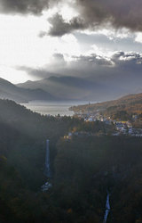 中禅寺湖と華厳の滝