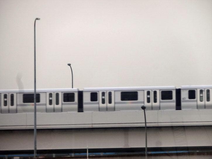 yurikamome-train