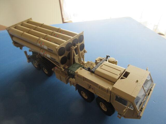 アメリカ陸軍 THAAD弾道弾迎撃ミサイルシステム 1/35 トランペッター ...