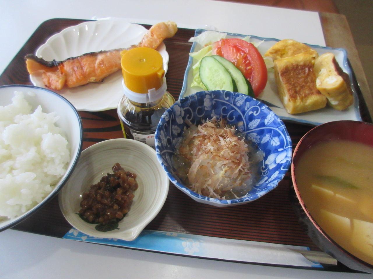 松江市 エスケープ 何から何までうまい日替わり定食700円 : くたばるまであと何本呑めるかな