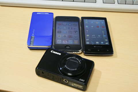 Softbank 943SH、iPhone 3GS、003SH、Canon Powershot S90