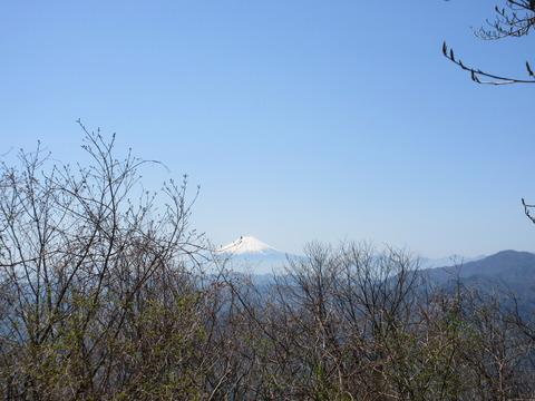 IMG_4382山頂近くから見る富士山