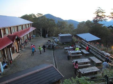 IMG_3192朝5時の雲取山荘