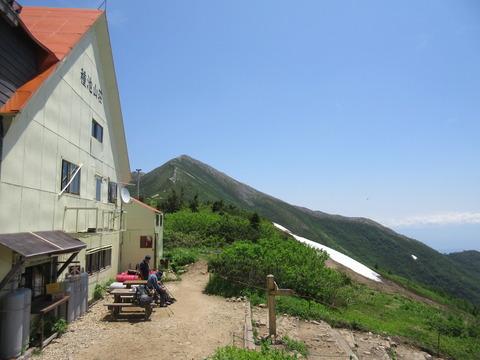 IMG_3446種池山荘から見る爺ヶ岳南峯