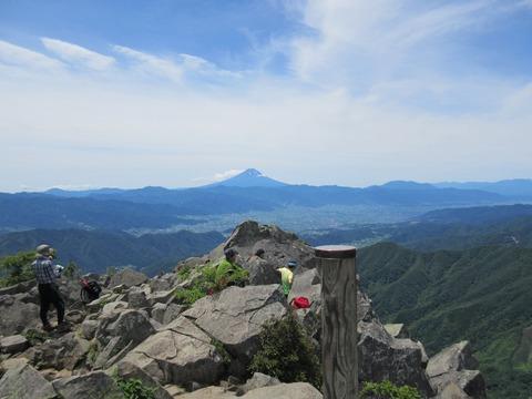 IMG_0568山頂からの眺め