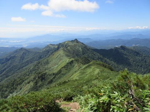 IMG_3794剣ヶ峰山への稜線