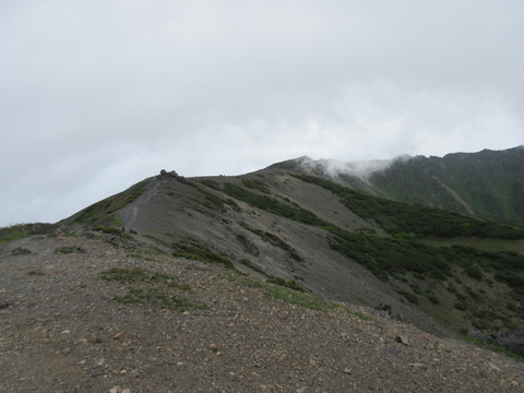 IMG_5984山頂はまだ遠い