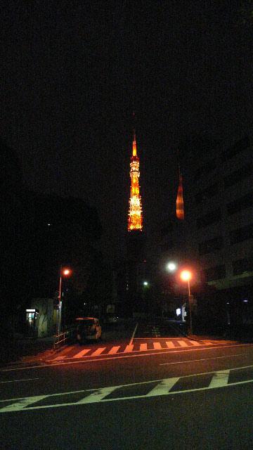深夜の東京タワー02