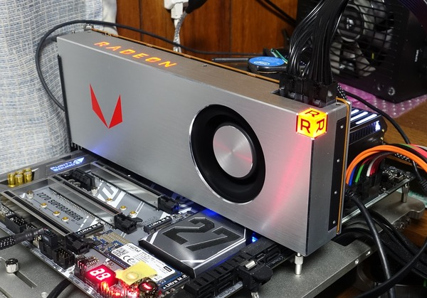 Radeon RX Vega 64 Limited Edition review_02534