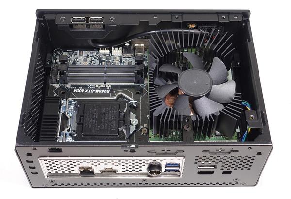 ASRock DeskMini GTX 1080 review_02675