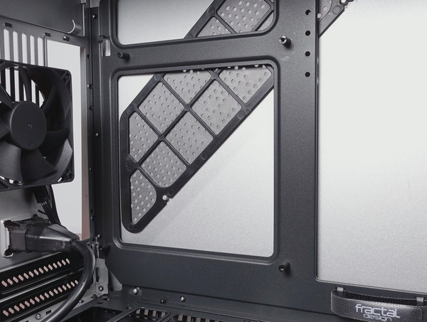 Fractal Design Era ITX review_09526_DxO