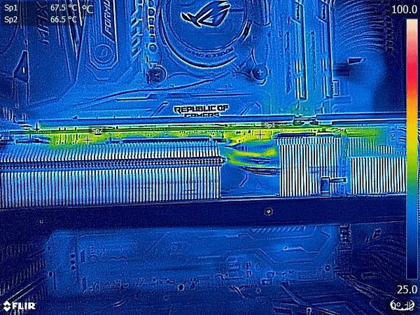 PowerColor Red Devil AMD Radeon RX 6800XT_FLIR (4)