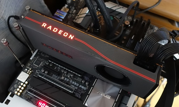 AMD Radeon RX 5700 XT Reference review_02208_DxO