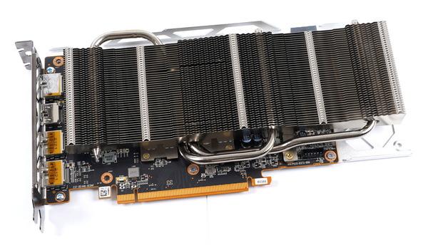 SAPPHIRE NITRO+ AMD Radeon RX 6600 XT GAMING OC 8GB GDDR6 review_07034_DxO