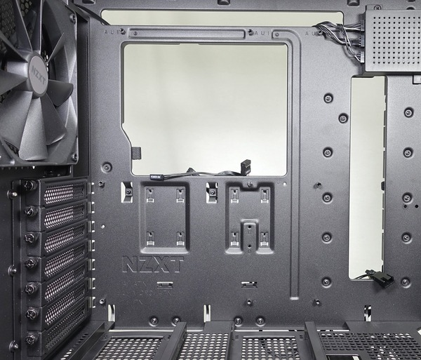 NZXT H700i review_01959