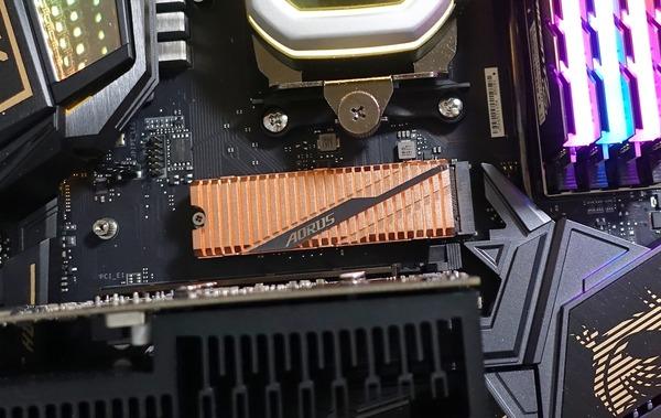 GIGABYTE AORUS NVMe Gen4 SSD 1TB review_01254_DxO