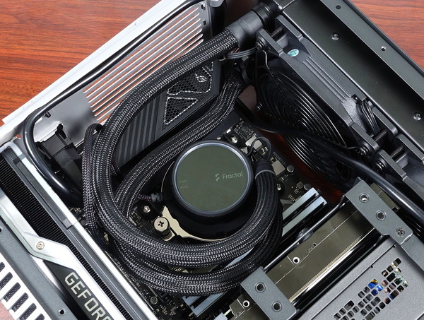 Fractal Design Era ITX review_09600_DxO