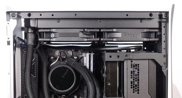 Fractal Design Era ITX review_09602_DxO