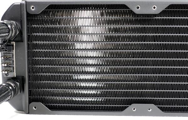 Fractal Design Celsius S36 Blackout review_07747_DxO