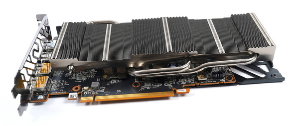 SAPPHIRE PULSE AMD Radeon RX 6600 XT GAMING OC 8G GDDR6 review_07021_DxO
