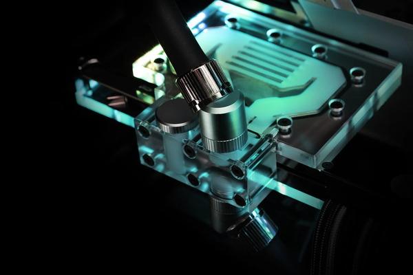 EK-Quantum Vector Trinity RTX 3080_3090 Active Backplate (1)