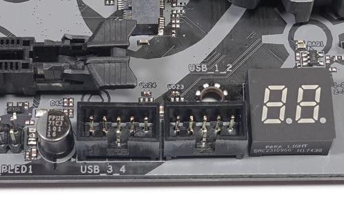 ASRock X470 Taichi review_05285