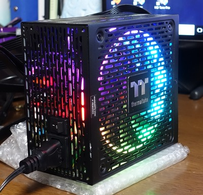 Thermaltake Toughpower iRGB PLUS 850W Platinum review_04322