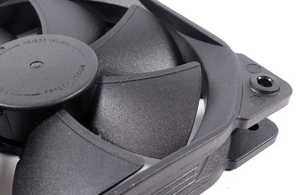 Fractal Design Celsius S36 Blackout review_05714_DxO