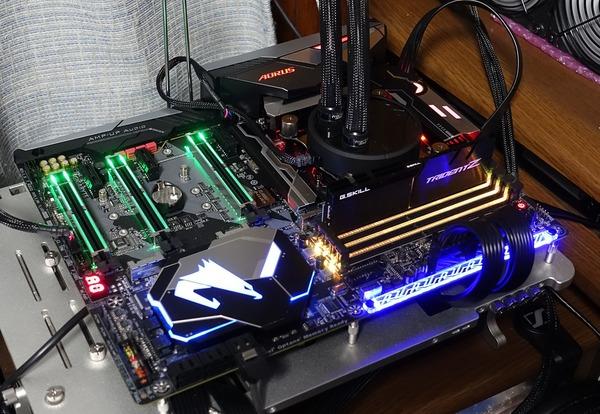 GIGABYTE Z370 AORUS Gaming 7 review_01860